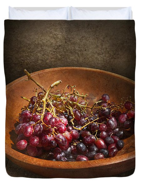 Food - Grapes - A bowl of grapes  Duvet Cover by Mike Savad