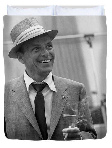 Frank Sinatra - Capitol Records Recording Studio #3 Duvet Cover by The Titanic Project