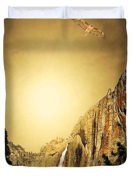 Free To Soar The Boundless Sky . Portrait Cut Duvet Cover by Wingsdomain Art and Photography