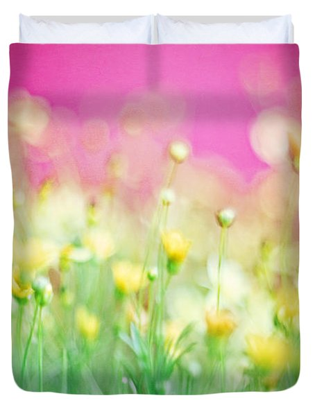 Giddy In Pink Duvet Cover by Amy Tyler