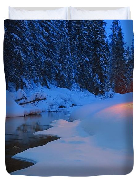 Glowing Christmas Tree By Mountain Duvet Cover by Carson Ganci