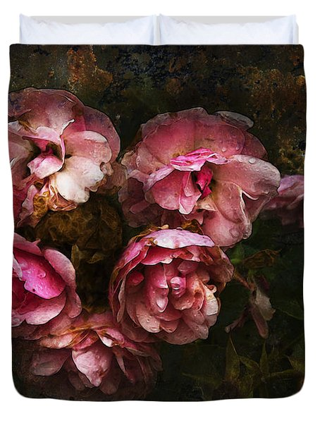 Grandmother's Roses Duvet Cover by Ron Jones
