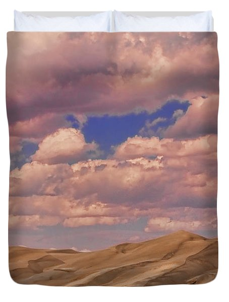 Great Sand Dunes And Great Clouds Duvet Cover by James BO  Insogna