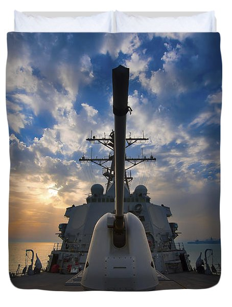 Guided-missile Destroyer Uss Higgins Duvet Cover by Stocktrek Images