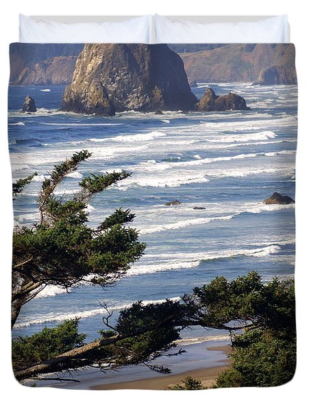 Haystak Rock Through The Trees Duvet Cover by Marty Koch