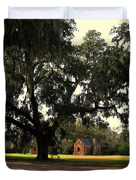 Historic Slave Houses at Boone Hall Plantation in SC Duvet Cover by Susanne Van Hulst