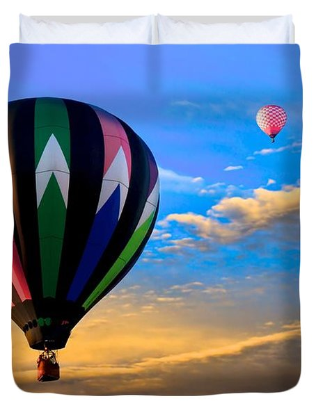Hot Air Balloons at Sunset Duvet Cover by Bob Orsillo