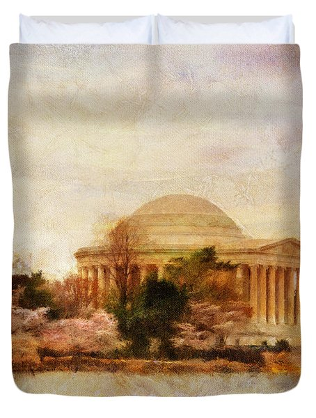 Jefferson Memorial Just Past Dawn Duvet Cover by Lois Bryan