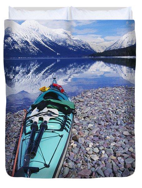 Kayak Ashore Duvet Cover by Bill Brennan - Printscapes