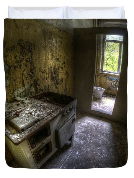 Kitchen With A Loo Duvet Cover by Nathan Wright