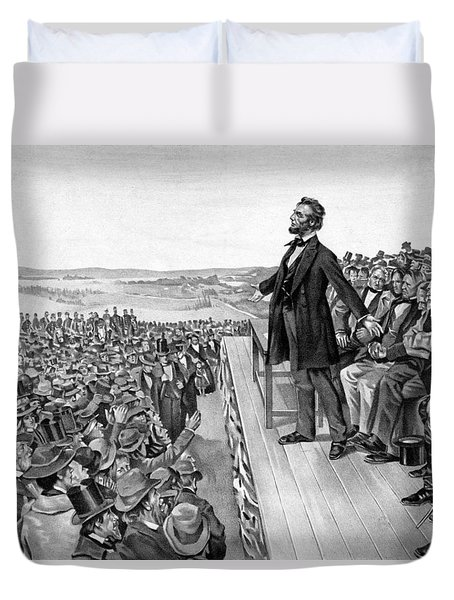 Lincoln Delivering The Gettysburg Address Duvet Cover by War Is Hell Store