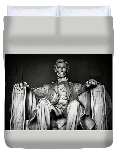 Lincoln Memorial Duvet Cover by Daniel Hagerman