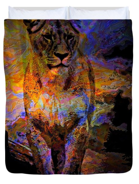 Lion On The Mesa Duvet Cover by WBK