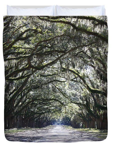 Live Oak Lane in Savannah Duvet Cover by Carol Groenen