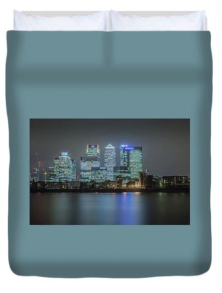 London Skyline Duvet Cover by Ian Hufton