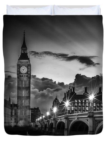 London Westminster Bridge At Sunset Duvet Cover by Melanie Viola