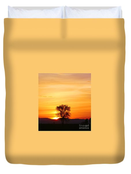 Lone Tree Sunset Duvet Cover by Nick Gustafson