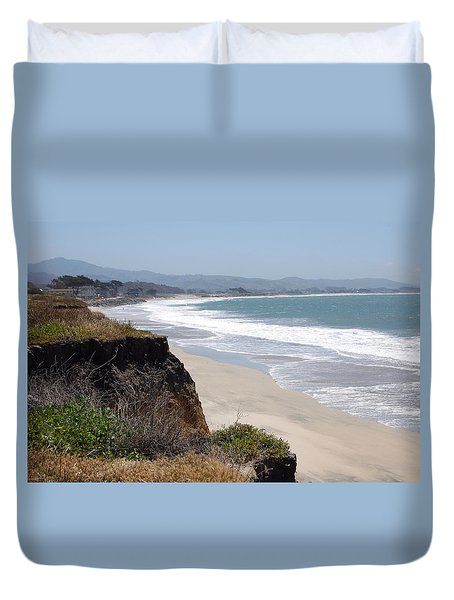 Looking Back At Half Moon Bay From The North Duvet Cover by Carolyn Donnell