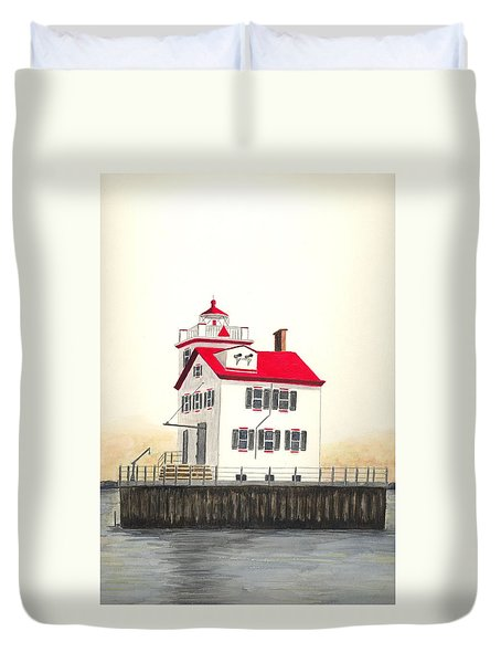 Lorain Lighthouse Duvet Cover by Michael Vigliotti