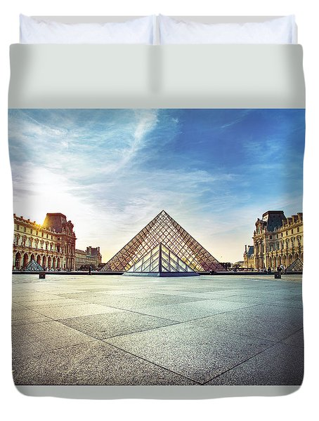 Louvre Museum Duvet Cover by Ivan Vukelic