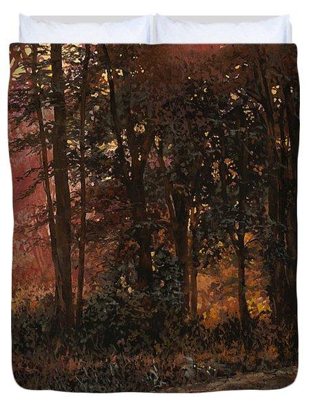 luci nel bosco Duvet Cover by Guido Borelli