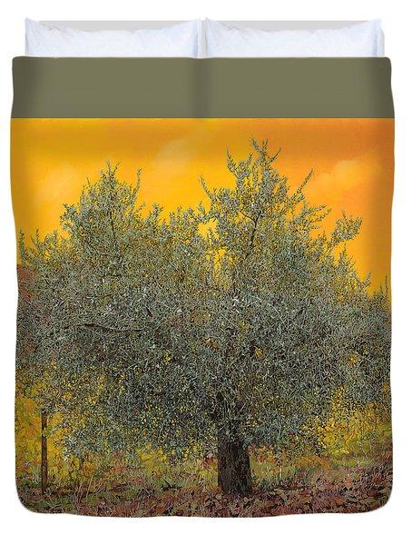 L'ulivo Tra Le Vigne Duvet Cover by Guido Borelli