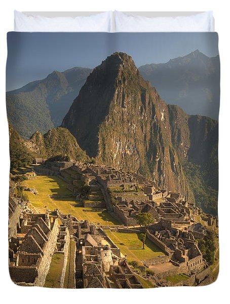 Machu Picchu At Dawn Near Cuzco Peru Duvet Cover by Colin Monteath