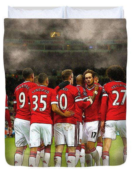 Manchester United  In Action  Duvet Cover by Don Kuing