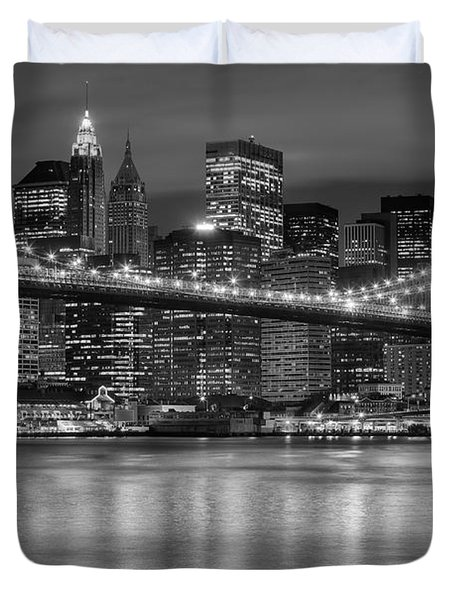 Manhattan Night Skyline Iv Duvet Cover by Clarence Holmes