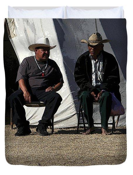 Men Talking Duvet Cover by Joe Kozlowski