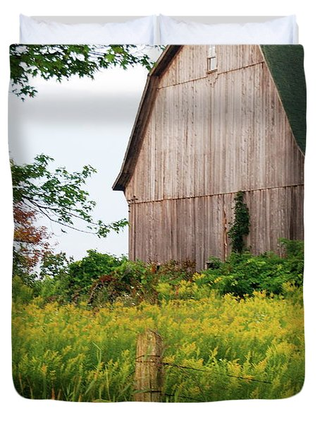 Michigan Barn Duvet Cover by Michael Peychich