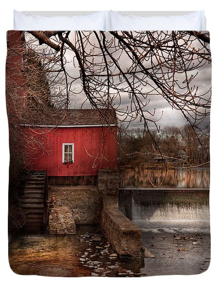 Mill - Clinton NJ - The mill and wheel Duvet Cover by Mike Savad