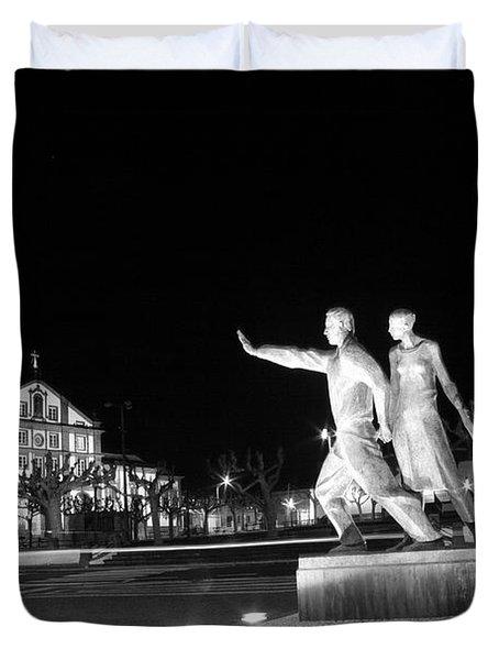 Monument To The Emigrant Duvet Cover by Gaspar Avila