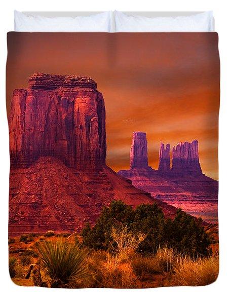 Monument Valley Sunset Duvet Cover by Harry Spitz