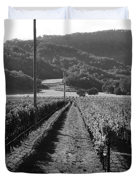 Napa Valley Vineyard .  Black and White . 7D9020 Duvet Cover by Wingsdomain Art and Photography