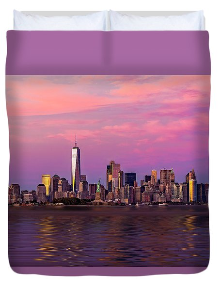 New York City Nyc  Landmarks Duvet Cover by Susan Candelario