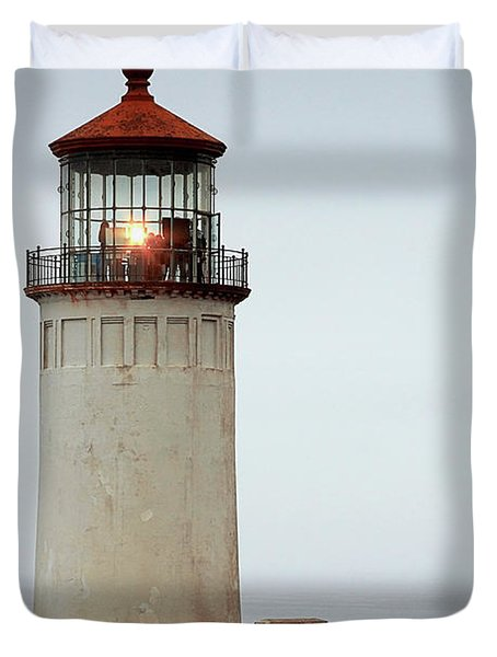 North Head Lighthouse - Ilwaco On Washington's Southwest Coast Duvet Cover by Christine Till