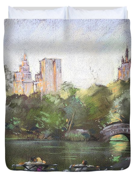 Nyc Resting In Central Park Duvet Cover by Ylli Haruni