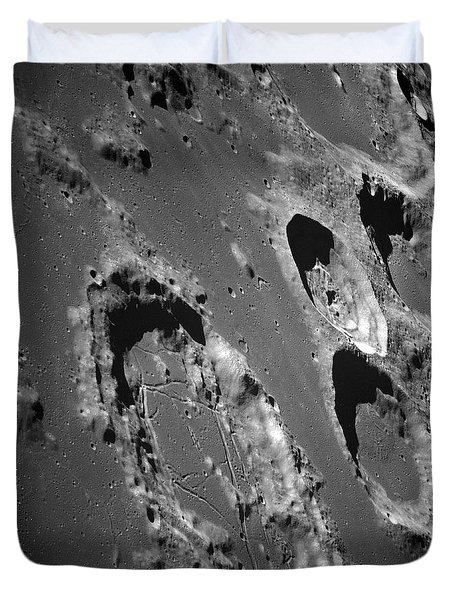 Oblique View Of The Lunar Surface Duvet Cover by Stocktrek Images