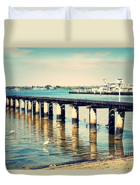 Old Fort Myers Pier With Ibises Duvet Cover by Carol Groenen