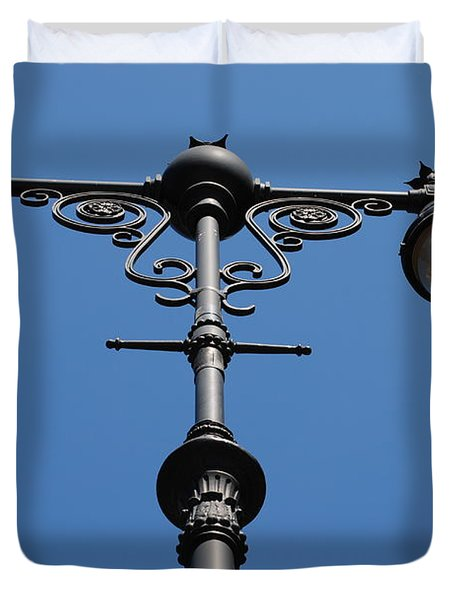 Old Lamppost Duvet Cover by Rob Hans