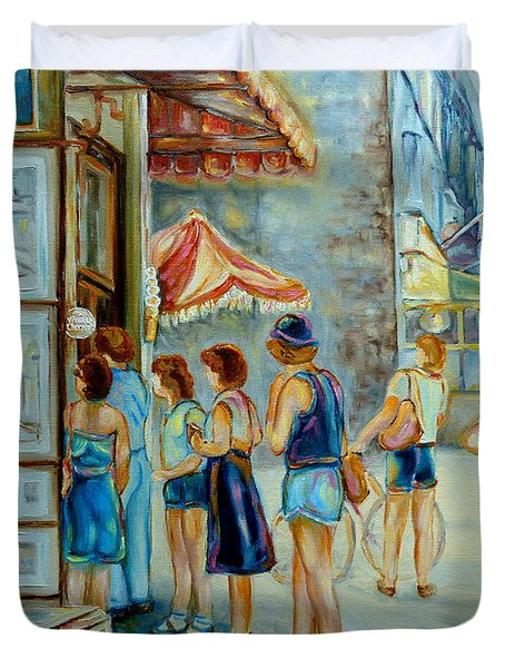 Old Montreal Street Scene Duvet Cover by Carole Spandau