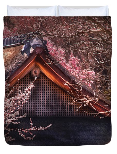 Orient - Shofuso House Duvet Cover by Mike Savad