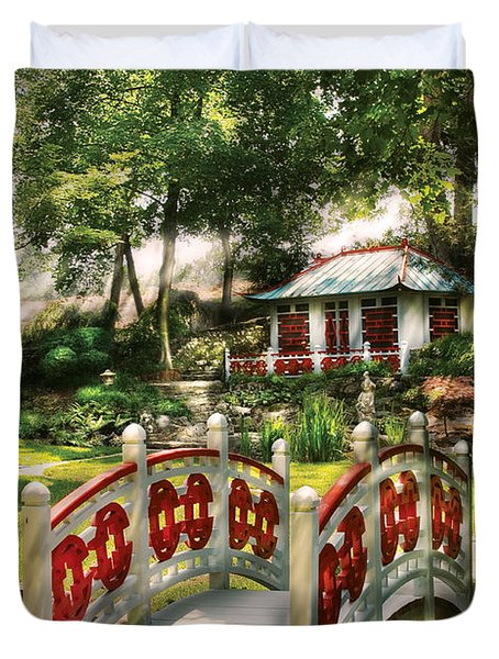 Orient - Bridge - The bridge to the Temple  Duvet Cover by Mike Savad