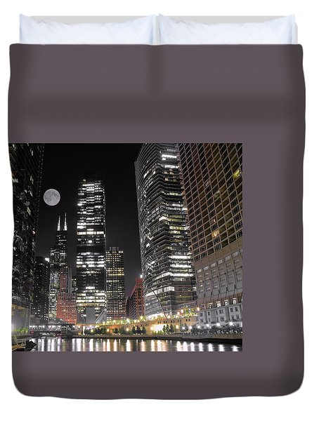 Panoramic Lakefront View In Chicago Duvet Cover by Frozen in Time Fine Art Photography