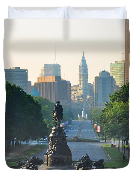 Philadelphia Benjamin Franklin Parkway Duvet Cover by Bill Cannon