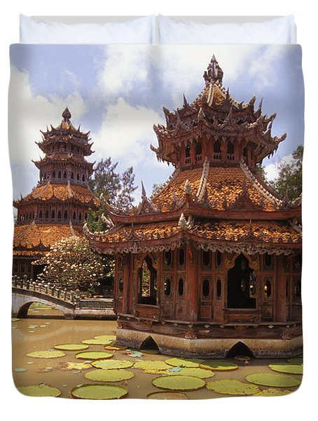 Phra Kaew Pavillion Duvet Cover by Bill Brennan - Printscapes
