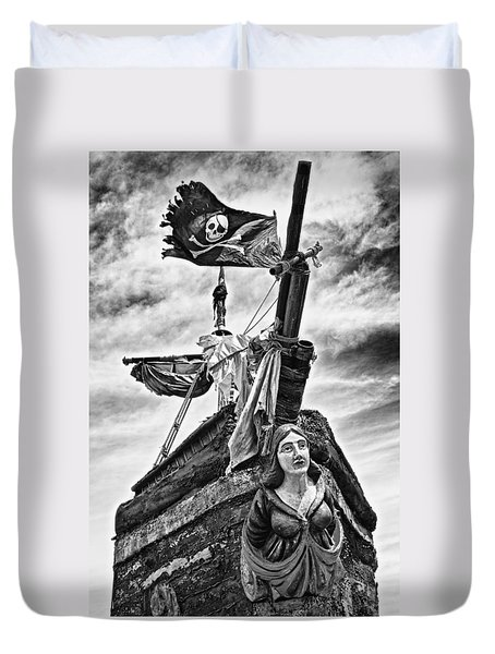Pirate Ship And Black Flag Duvet Cover by Garry Gay