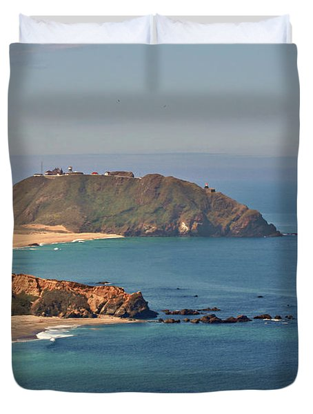 Point Sur Lighthouse On Central California's Coast - Big Sur California Duvet Cover by Christine Till