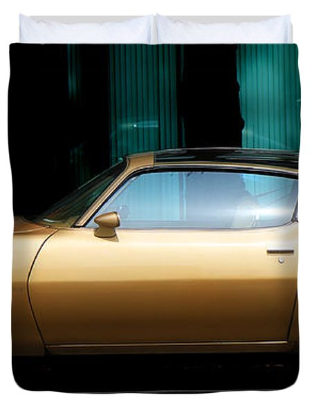 Pontiac Trans Am Duvet Cover by Andrew Fare